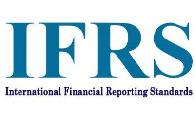 المعايير الدولية لإعداد التقارير المالية